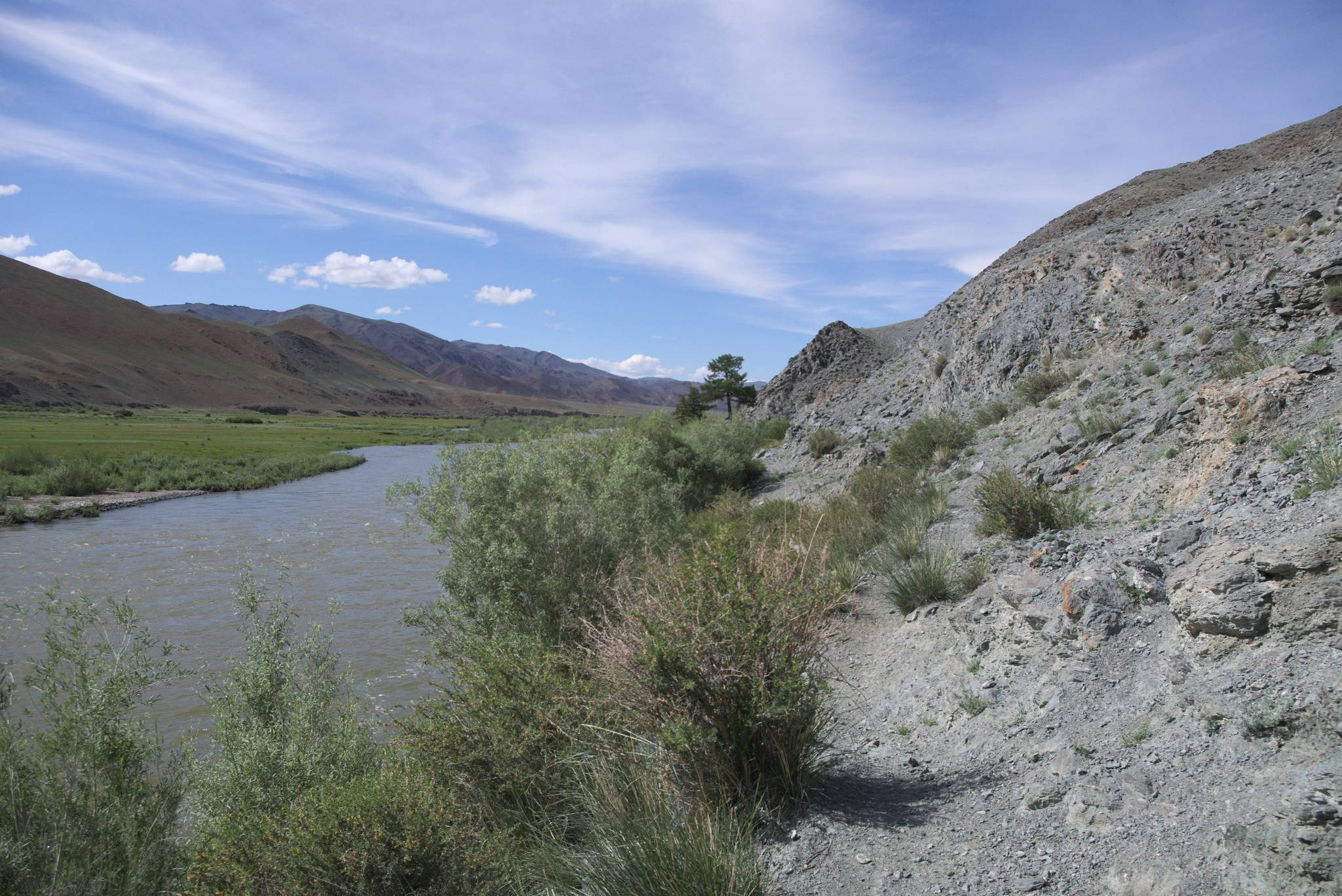 Zdaje się, że rzeka zmieniła nieco koryto