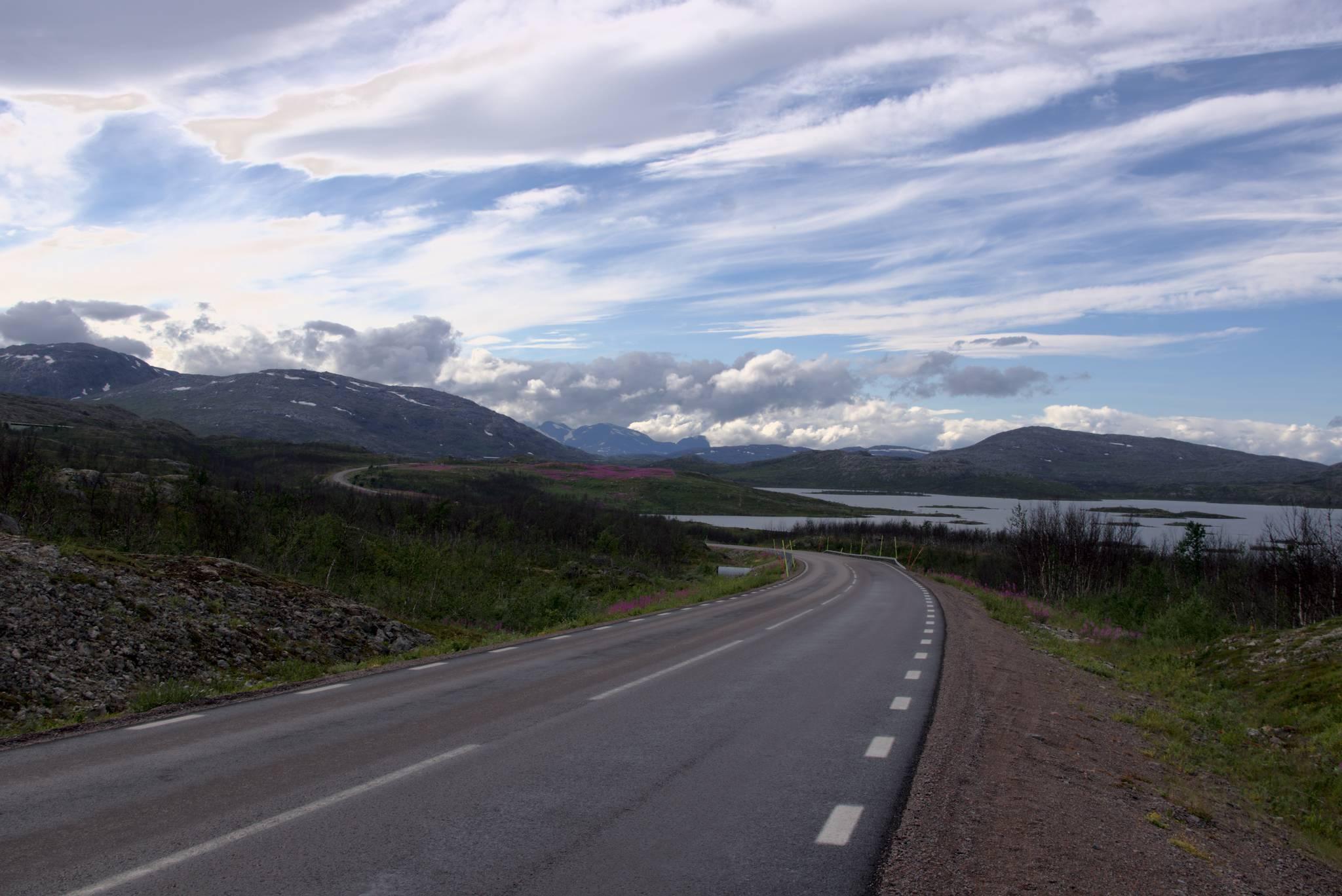 jeszcze tylko parę pagórków i z powrotem do Norwegii