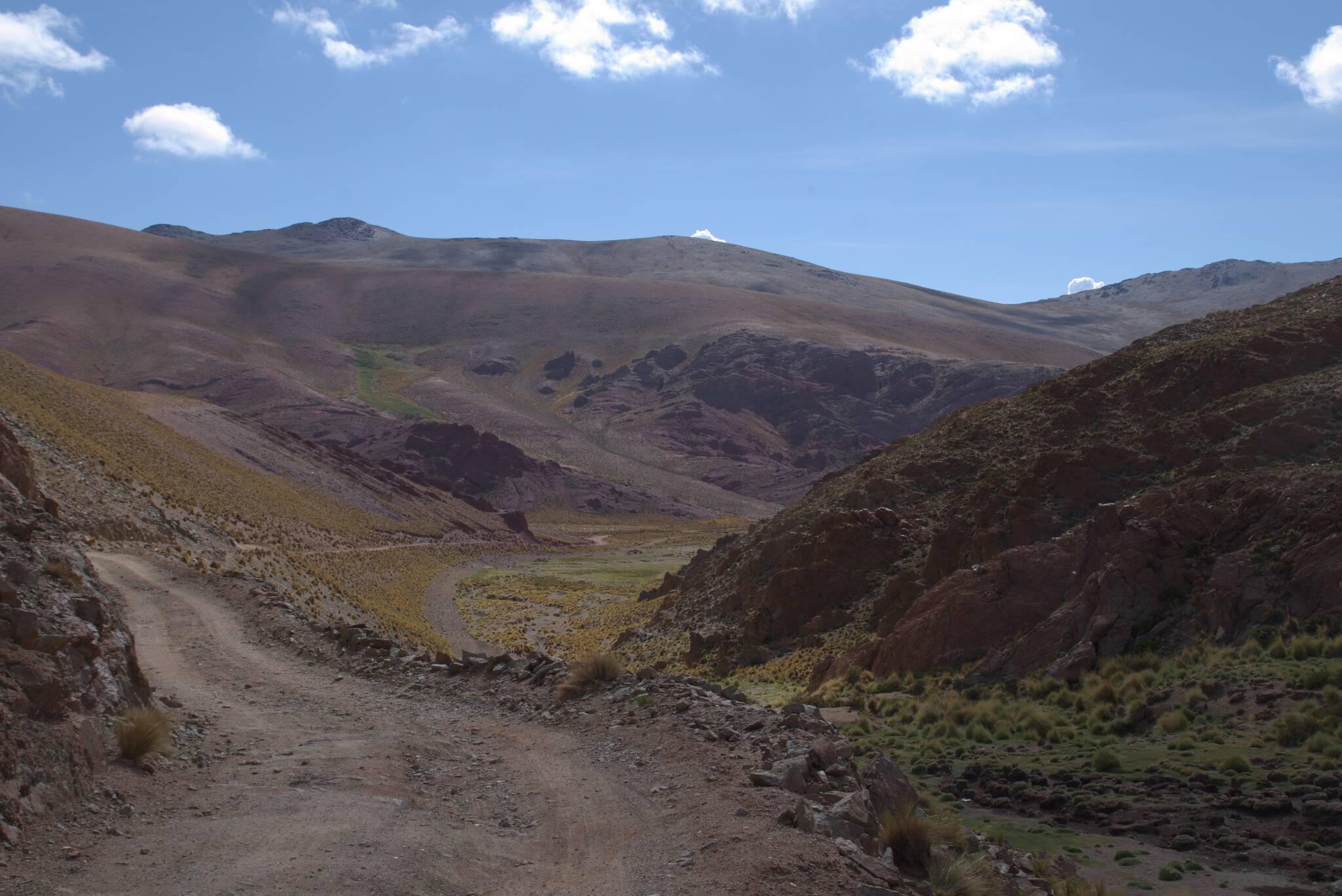 W dół, do prowincji Salta