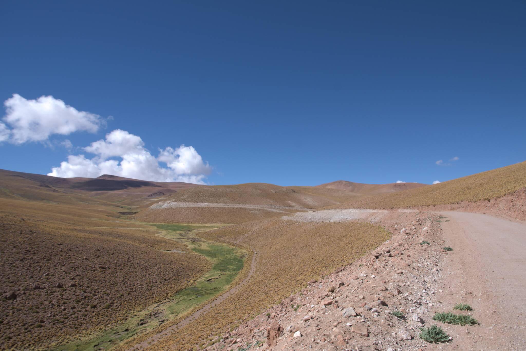 Łagodny wzios na najwyższą drogę w Argentynie