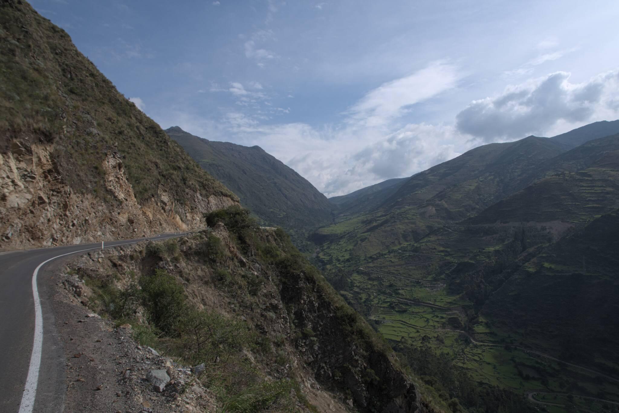 Po prawej stara droga na przełęcz