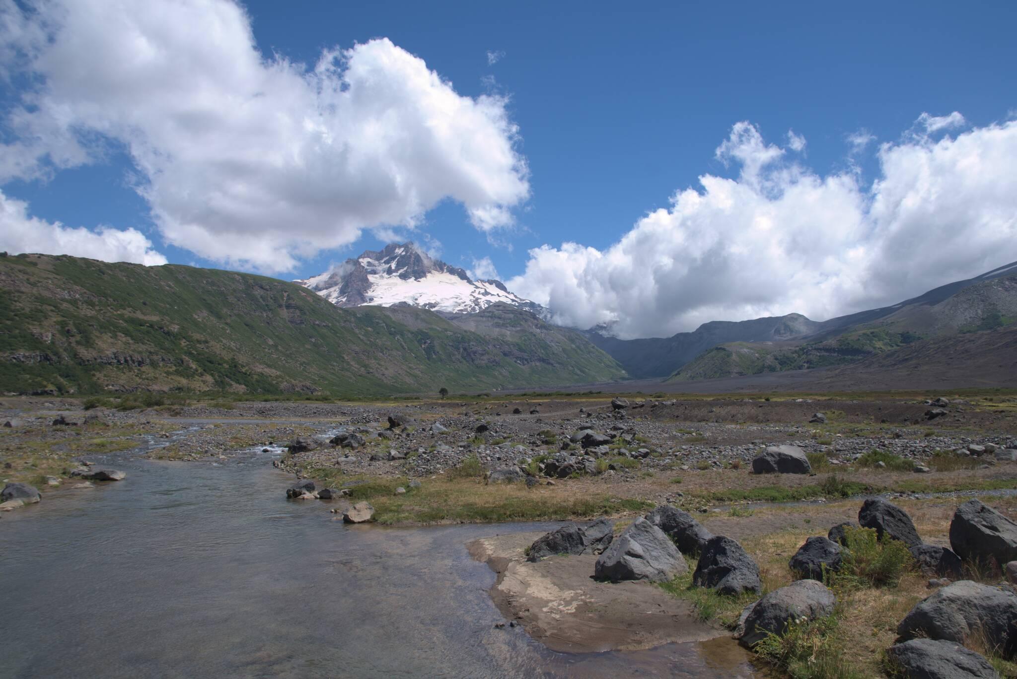 Sierra Velluda na końcu doliny
