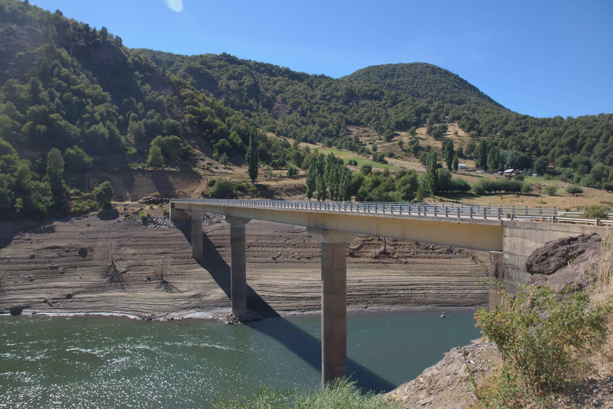 Oraz nowy most