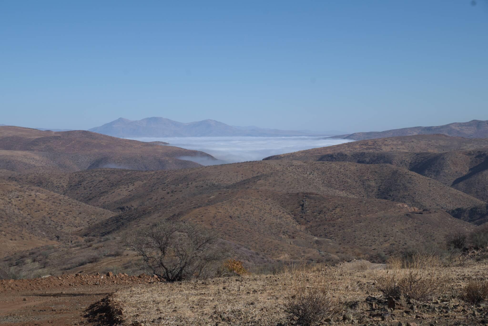 Mgły znad oceanu, południowy skraj Atakamy