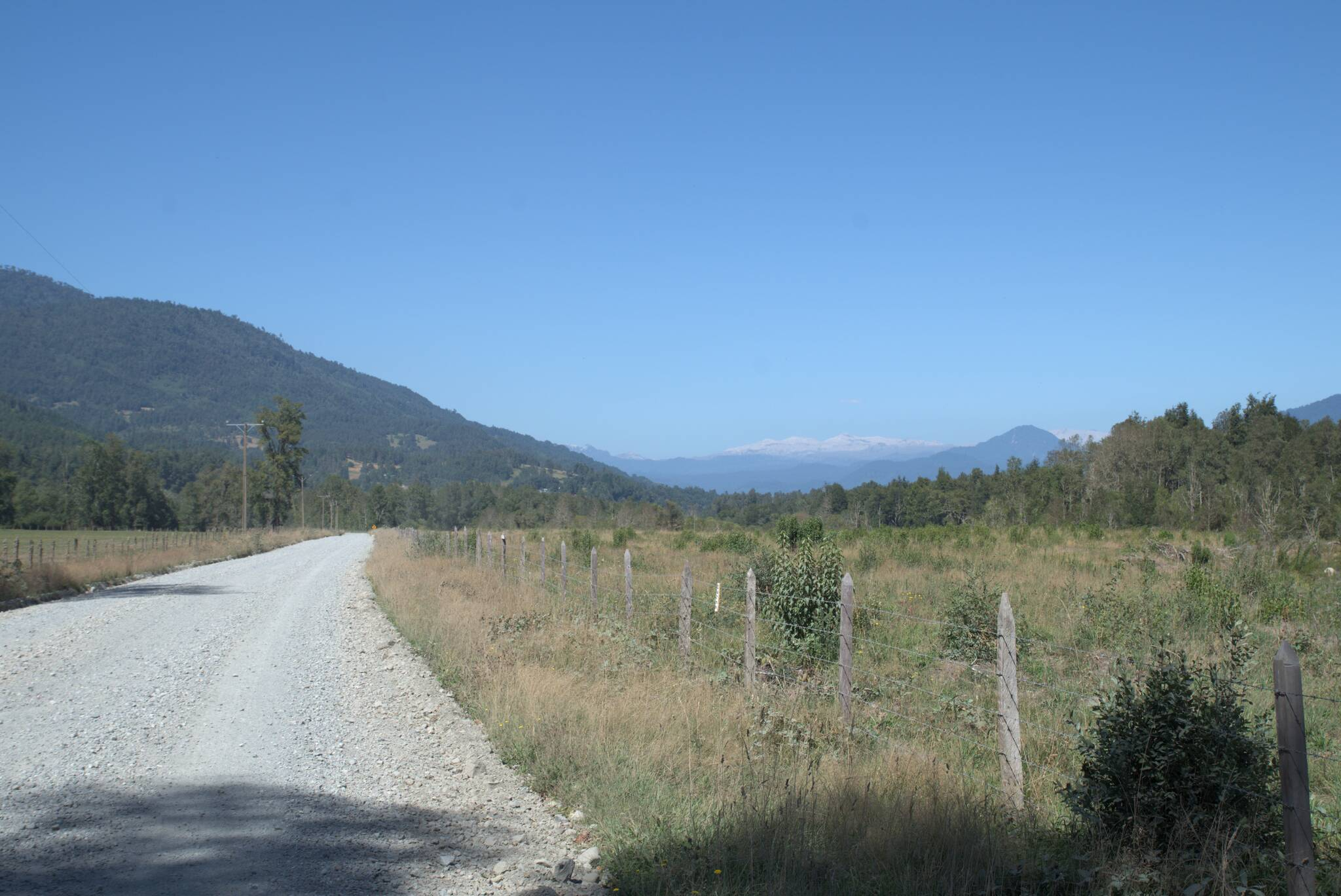 To białe daleko, to kompleks wulkanów Puyehue-Cordón Caulle